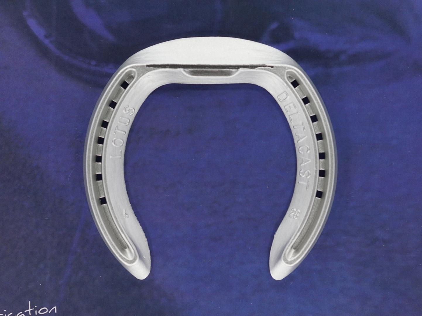 fer à cheval aluminium Lotus LT