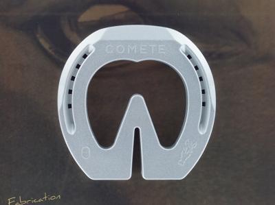 COMETE Heart  Bar